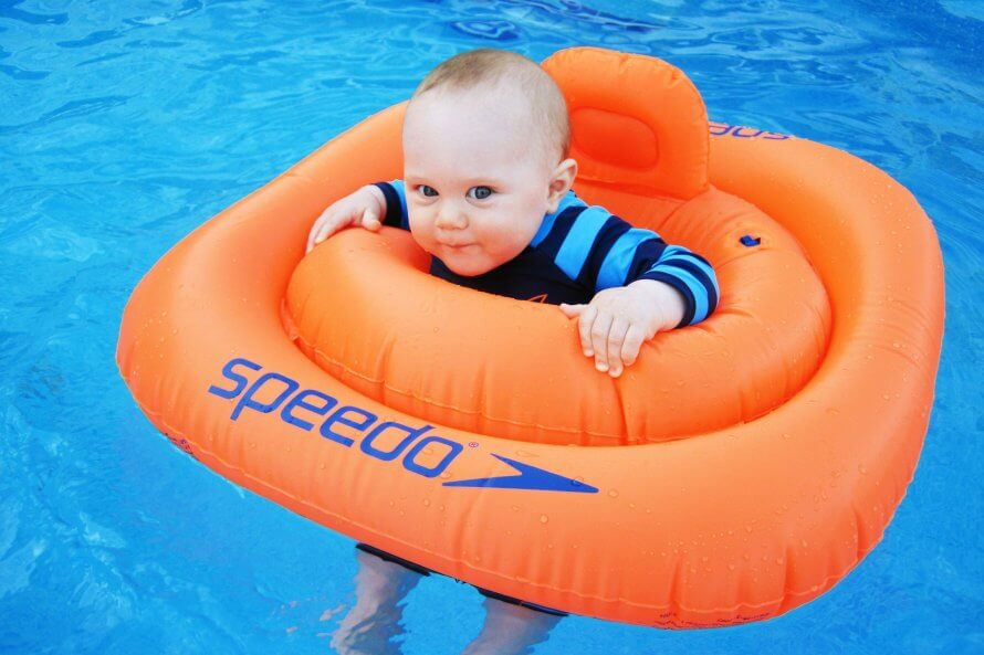 Kedy s bábätkom do bazéna?